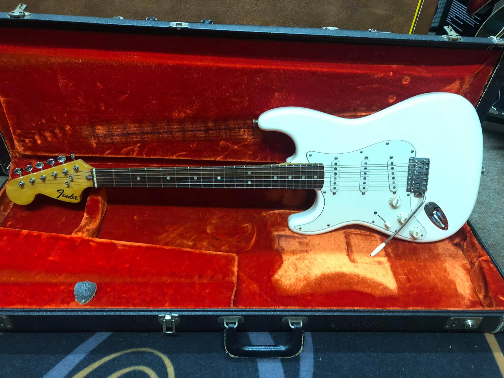 60373d9c5 Left Handed Guitars & Basses, Jimi's Music Store