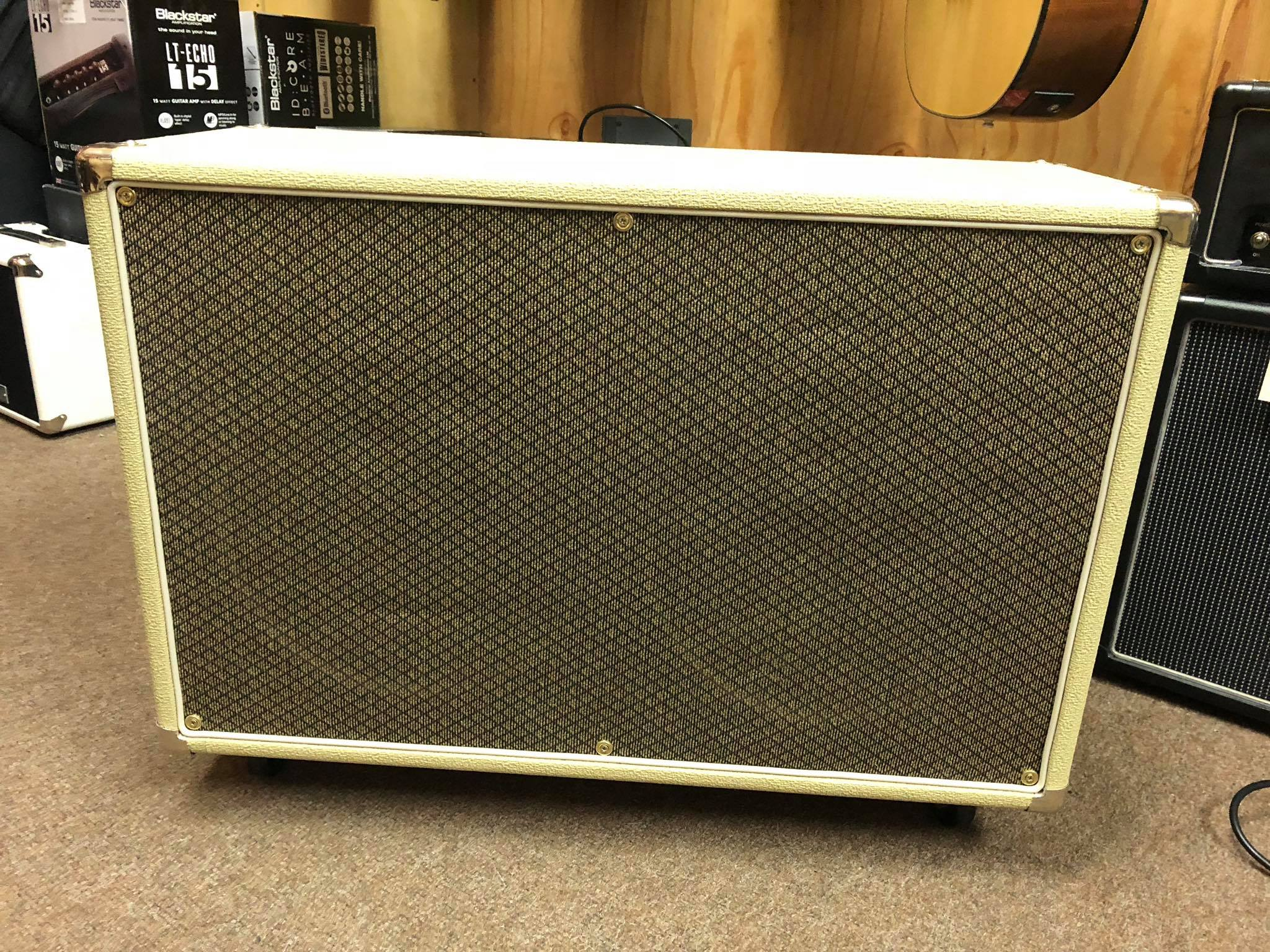 Dirty Dog Amps 2x12 cab with Warehouse ET65 speakers