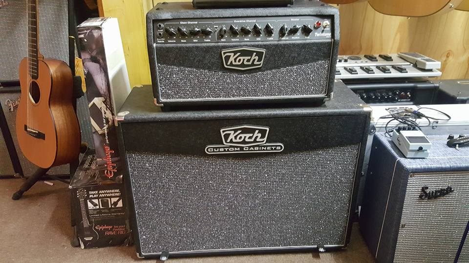Koch Twintone Head Mark III & 2x12 Cab