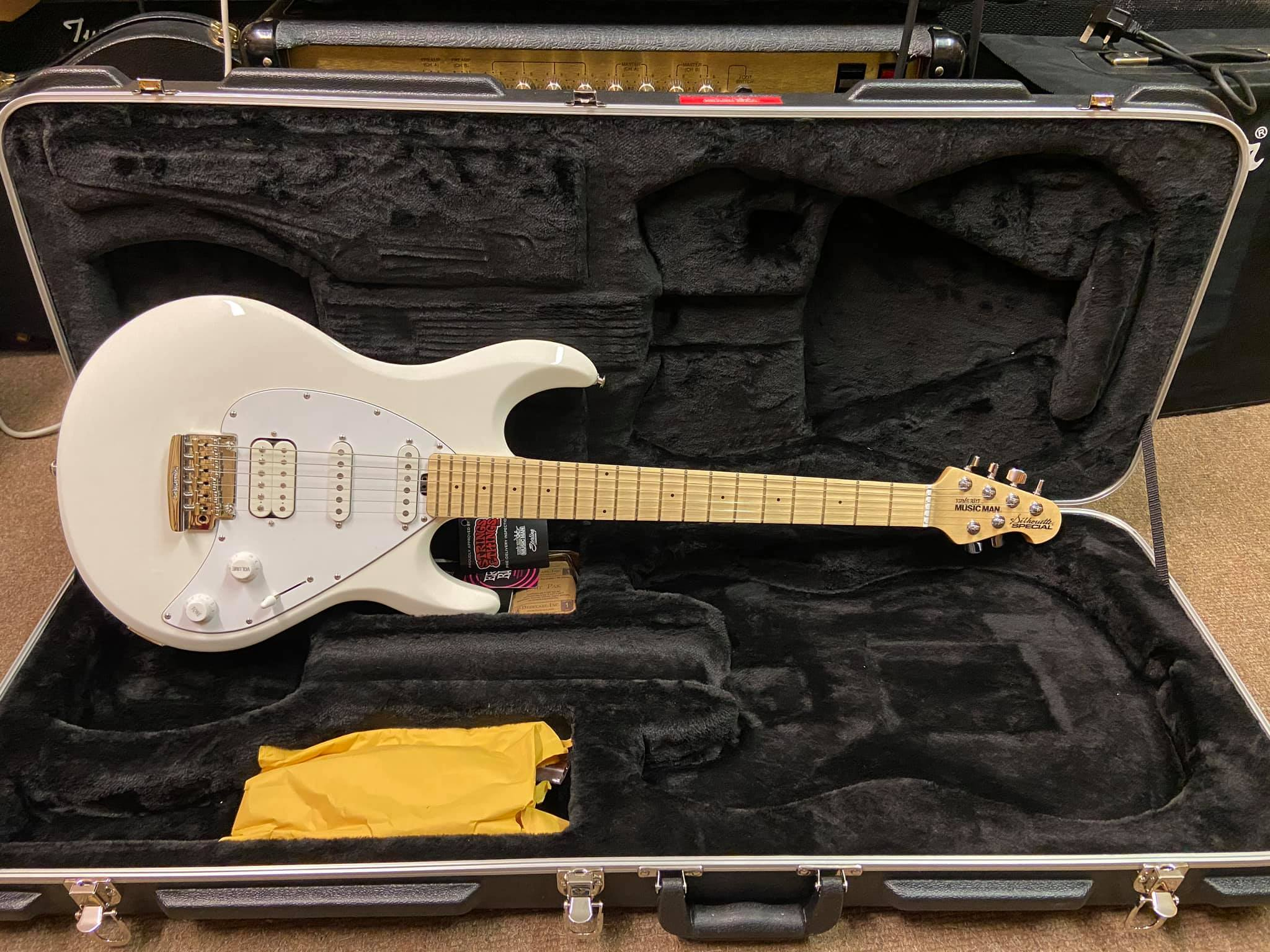 Music Man Silhouette Special White