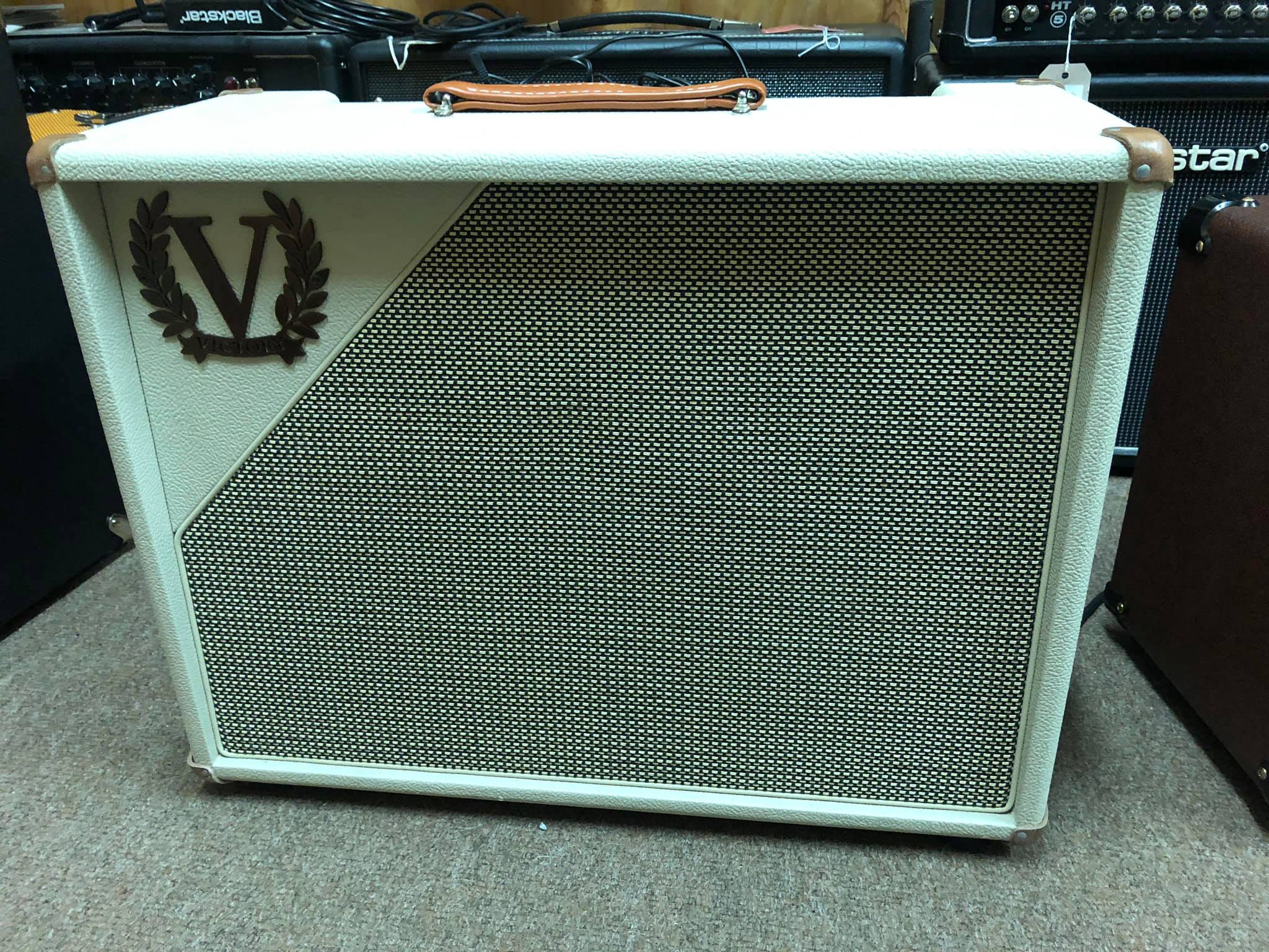 Victory V40 Deluxe Combo (pre-owned)